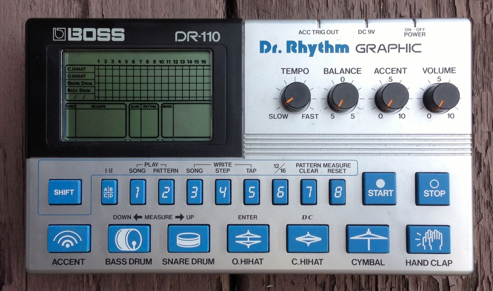 Boss DR-110 Dr. Rhythm Graphic Drum Machine with Original Case