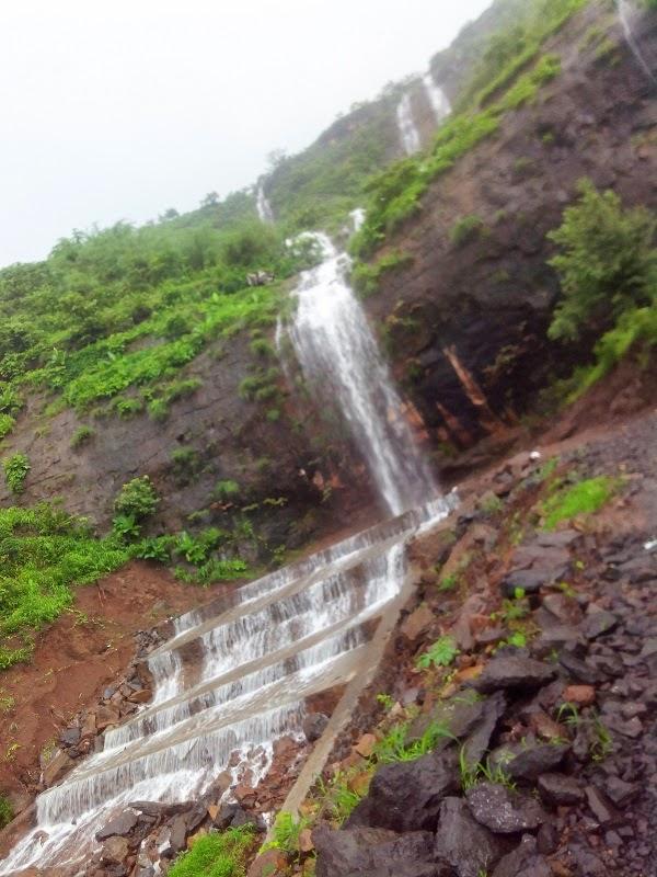 khandi water falls
