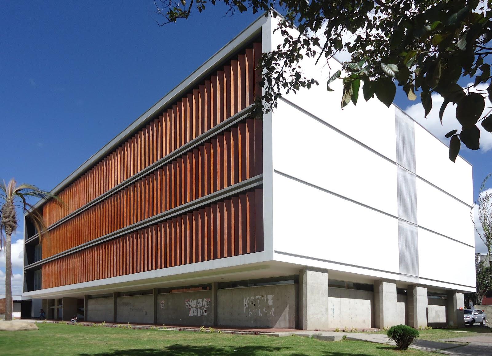 Mirar y concebir arquitectura facultad de psicolog a for Edificios educativos arquitectura