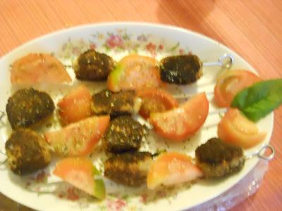 spiedini di polpette con tonno e melanzane