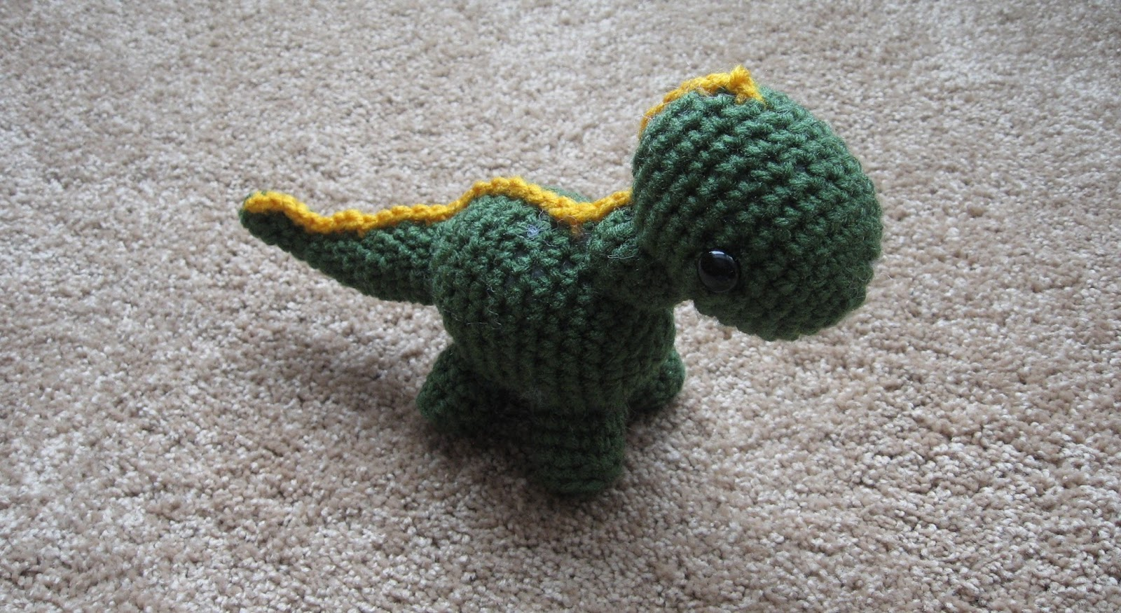 Almost Unschoolers: Free Crochet Pattern Link - Baby Dinosaur.