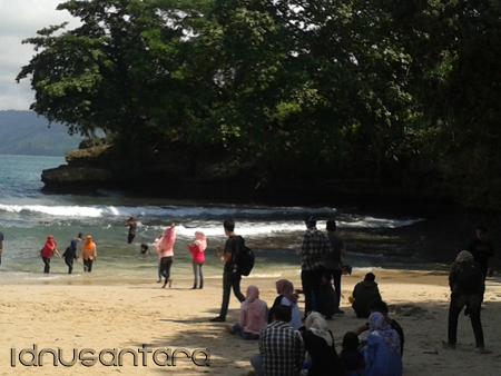 Pantai Coro Tulungagung 2