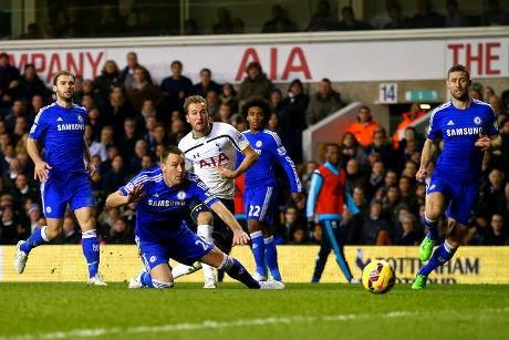 Hujan Gol di White Hart Lane, Spurs Gilas Chelsea 5-3