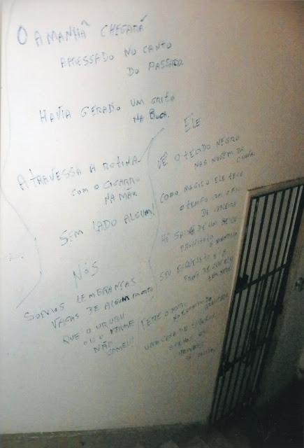 versos de meu livro Verbo na parede