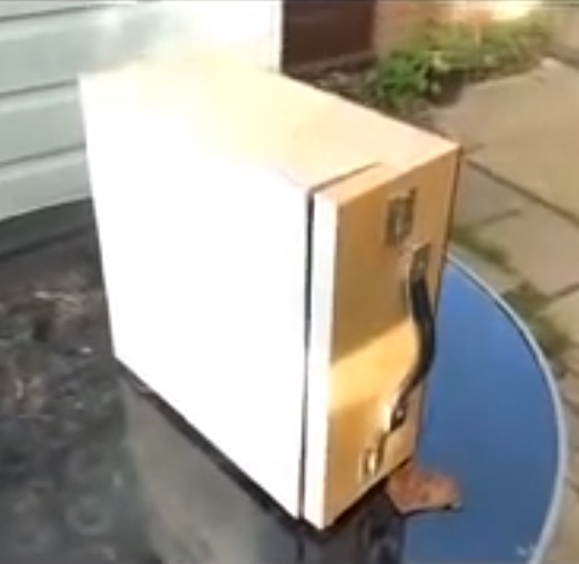 Pochard box construction
