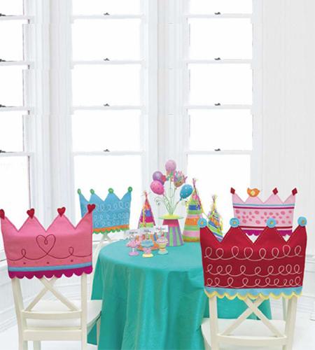 Manualidades virshy decorando las sillas para fiesta de for Manualidades decoracion infantil