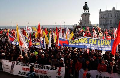 Αποσύρονται τα μέτρα στην Πορτογαλία – Κέρδισαν την μάχη οι διαδηλωτές!