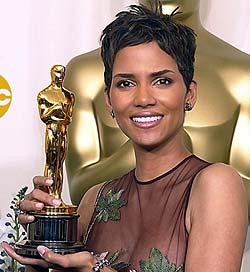 Halle Berry, Oskary 2002. Halle Berry, Oscars 2002.