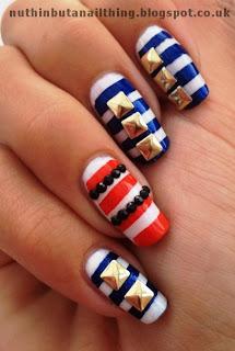 Sailor Nails Gold Studs