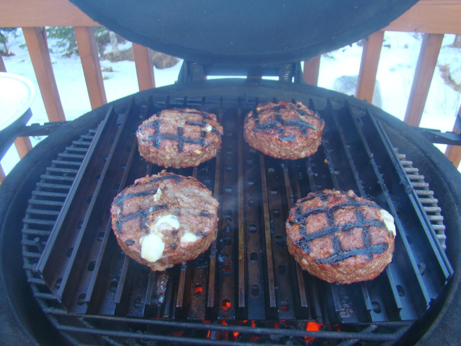 hrm creative bbq stuff burgers on the bbq