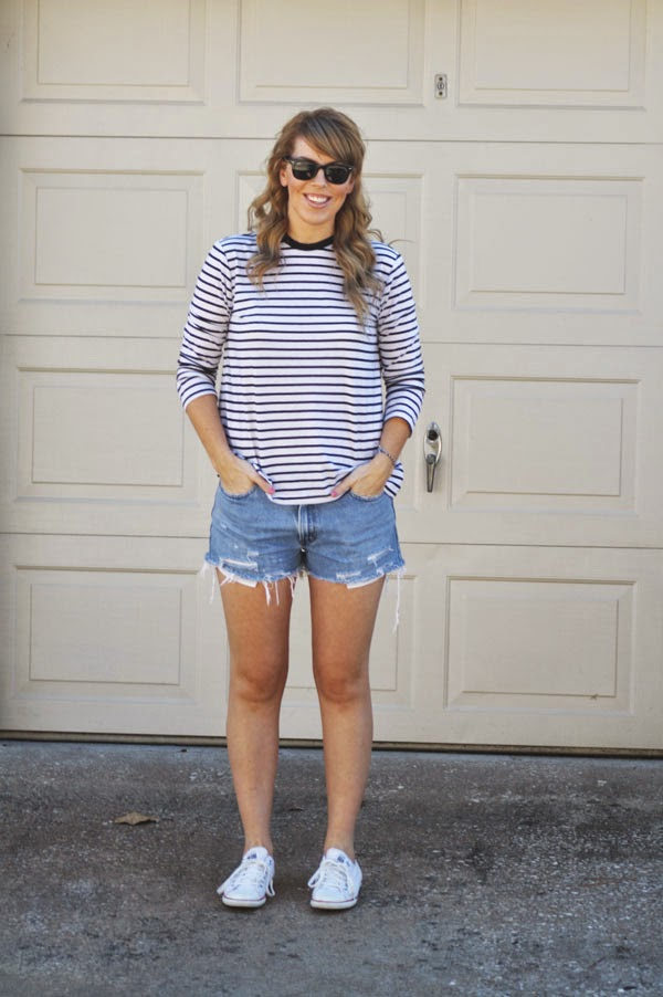 summer_outfit_striped_tee