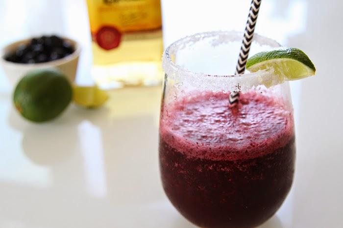 Skinny Blueberry Lime Margarita