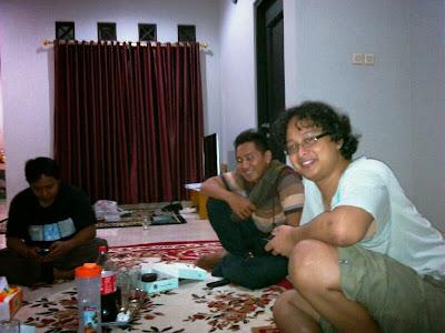 Joko, Sigit dan Kiki di Rumah bang Joko Solder