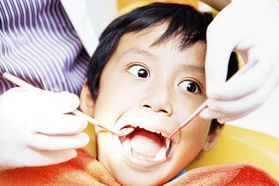 Geminasi Anomali Tumbuh Kembang Gigi