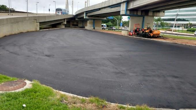 Mini Autódromo (16): finalizada a aplicação do asfalto