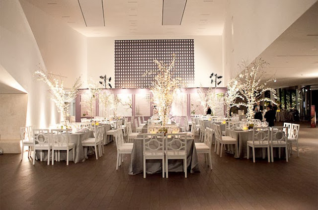 Practical wedding advice from top san francisco wedding for San francisco furniture rental