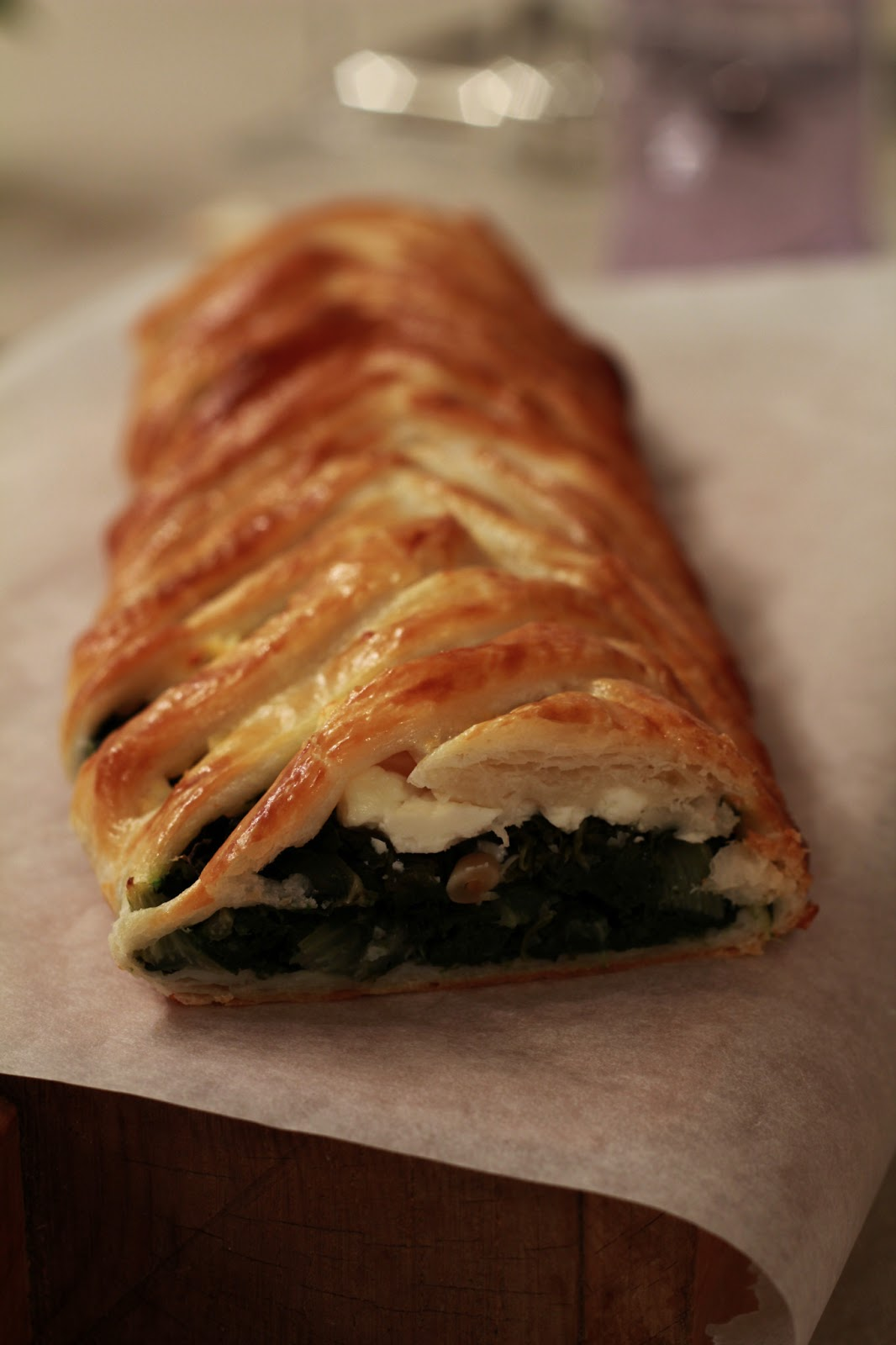 On dine chez nanou tresse ap ritive feta feuilles de - Comment cuisiner des feuilles de blettes ...