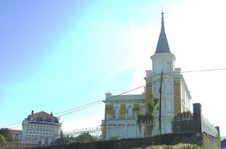 Pravia, Somao, Casa amarilla