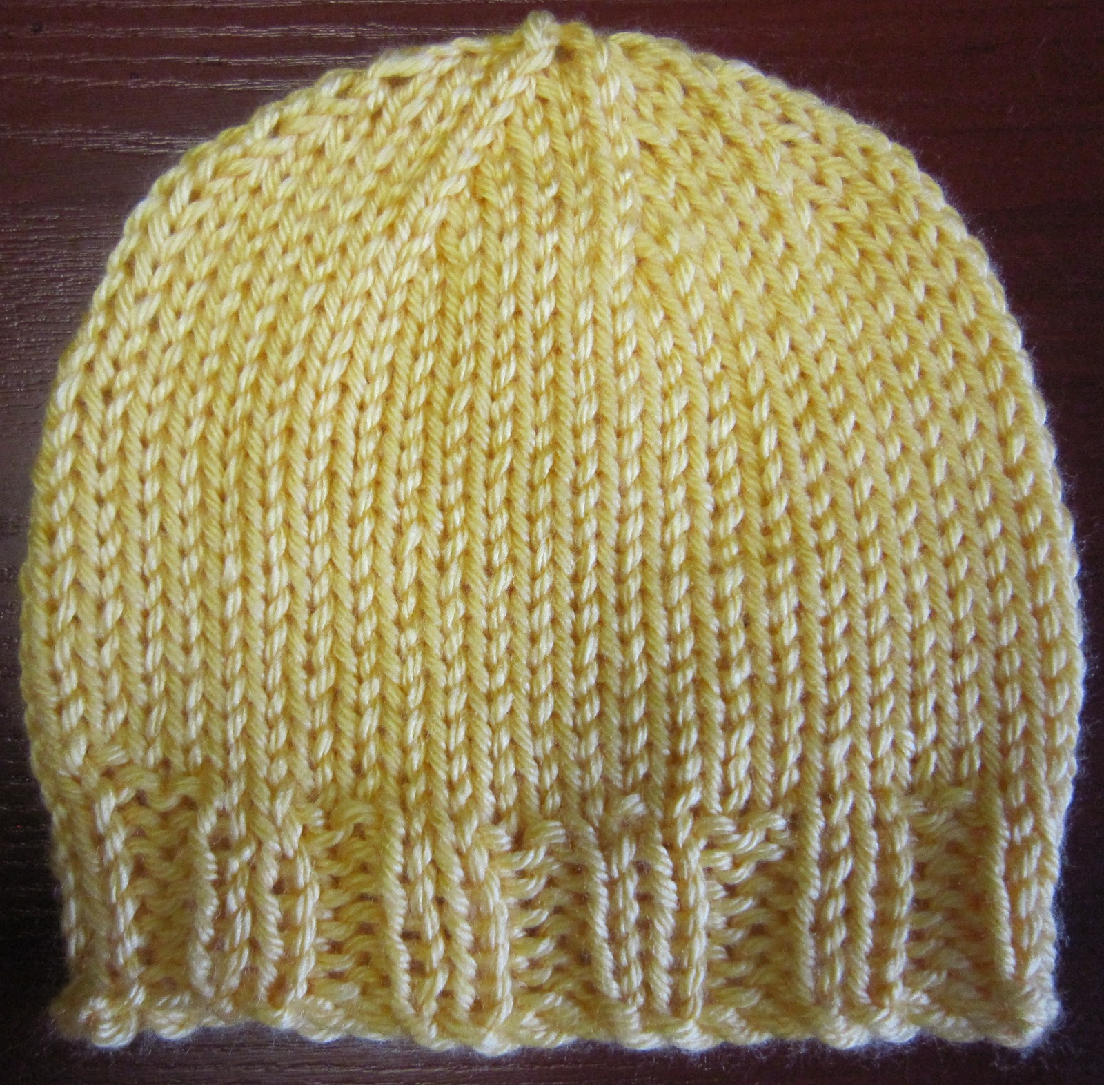 Sea Trail Grandmas: Newborn Hat Knit Pattern with 4 ply yarn and Double Point...