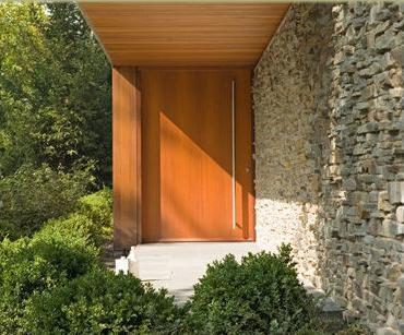 Fotos y dise os de puertas puertas principal de madera for Modernizar puertas interior