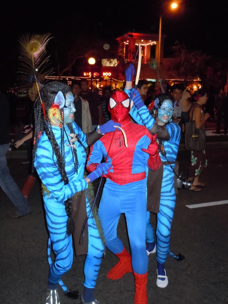avatar aliens west hollywood halloween carnaval 2010. Black Bedroom Furniture Sets. Home Design Ideas