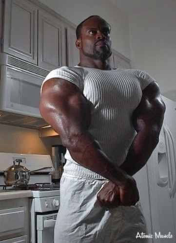 Biggest muscle hunks poke