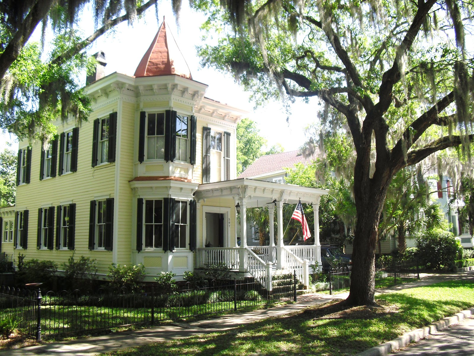 See Beautiful Southern Homes In Beaufort SC Katrena