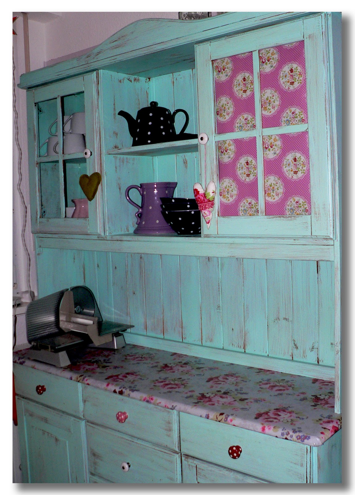 zauberheim cath kidston wachstuch f r mein k chenbuffet. Black Bedroom Furniture Sets. Home Design Ideas