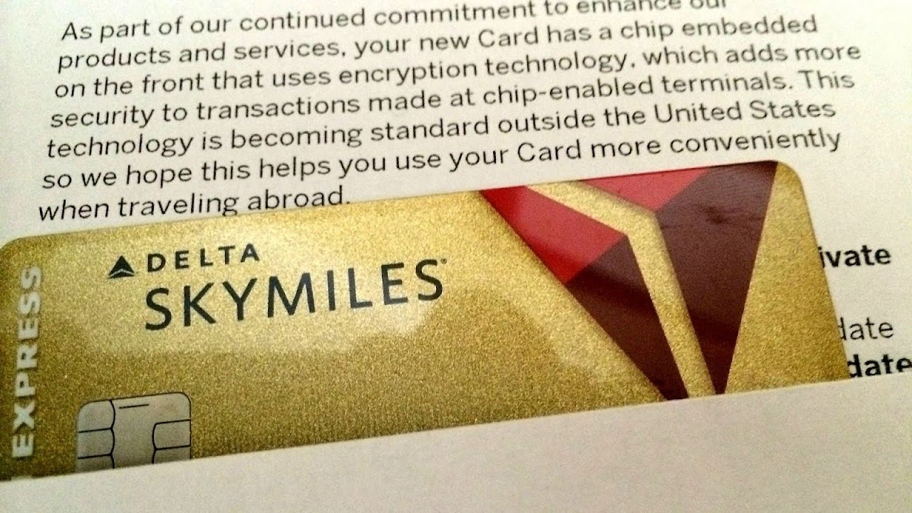 Gold American Express Delta