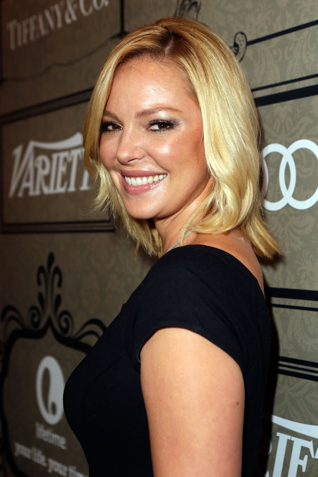 http://2.bp.blogspot.com/-vcT-BfJTANs/UIPY5WJwyiI/AAAAAAAAi_M/7qdZl3L94hs/s1600/Katherine+Heigl+-+Variety%2527s+4th+Annual+Power+of+Women+Event+in+Beverly+Hills+-+October+10%252C+2012+1.jpg