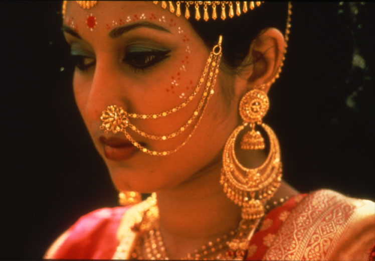 Indian bridal nose ring nath collection fashion in new look for East indian jewelry online
