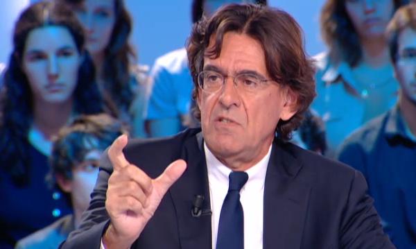 Luc Ferry au Grand Journal accuse un ancien ministre de pédophilie au Maroc