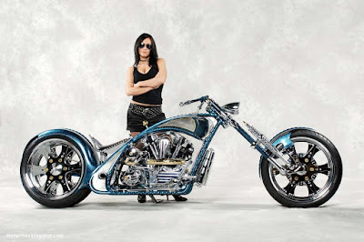 motos-chicas-chopper-custom-wallpaper-morocha-diosa-motorcycle-motoquera