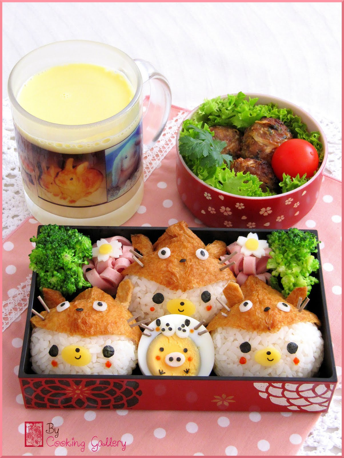 Three Little Bears in Totoro Suits Bento | Cooking Gallery