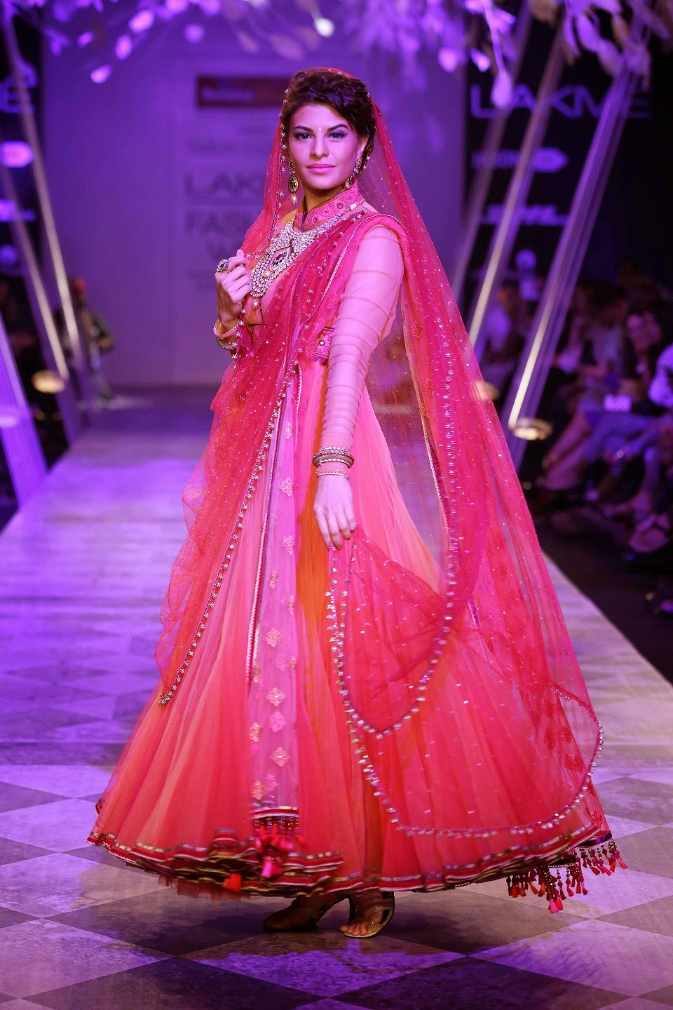 Reliance Jewels presented Tarun Tahiliani's fabulous collection during Lakmé Fashion Week Summer/Resort 2014 to end Day One.