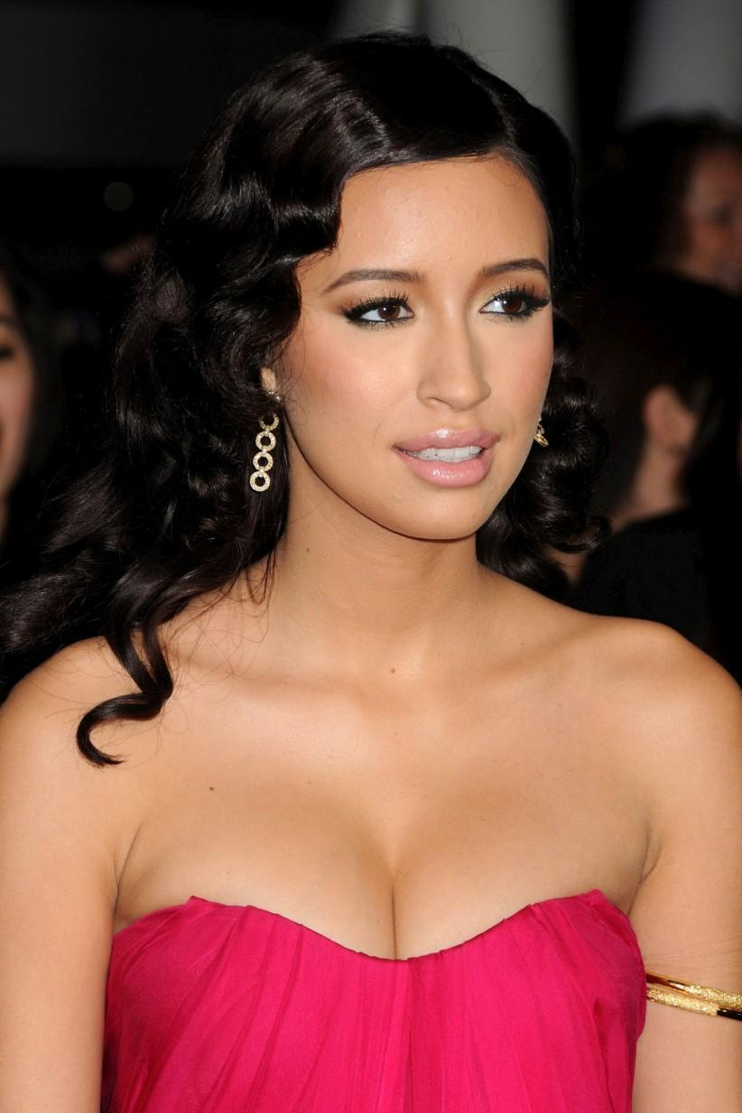 Hacked Christian Serratos naked (67 photos), Topless, Hot, Selfie, lingerie 2019