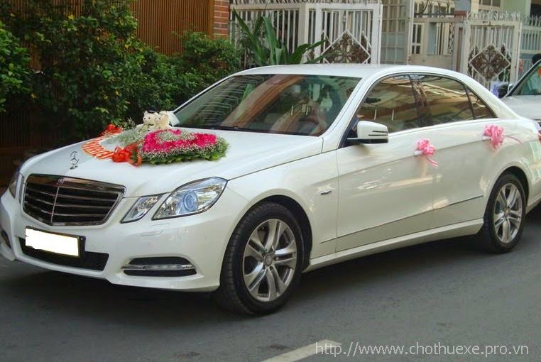 Cho thuê xe cưới Mercedes C250