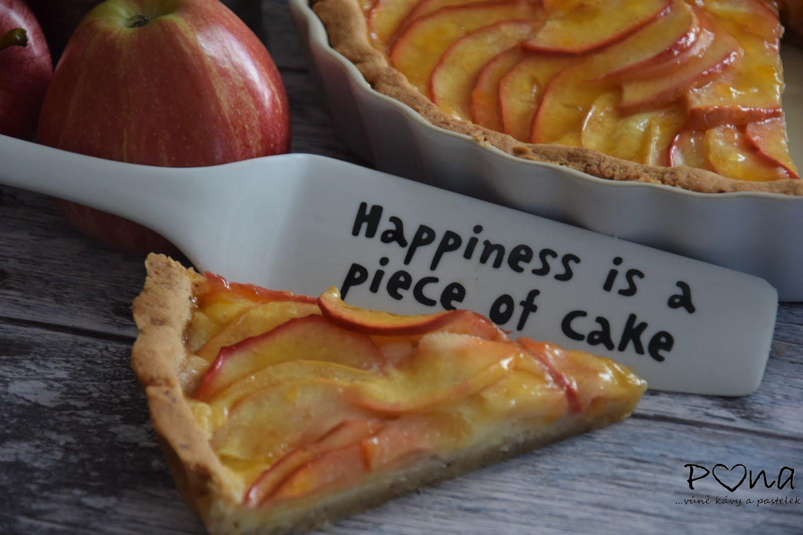 Křehký koláč s jablky a vanilkovým krémem