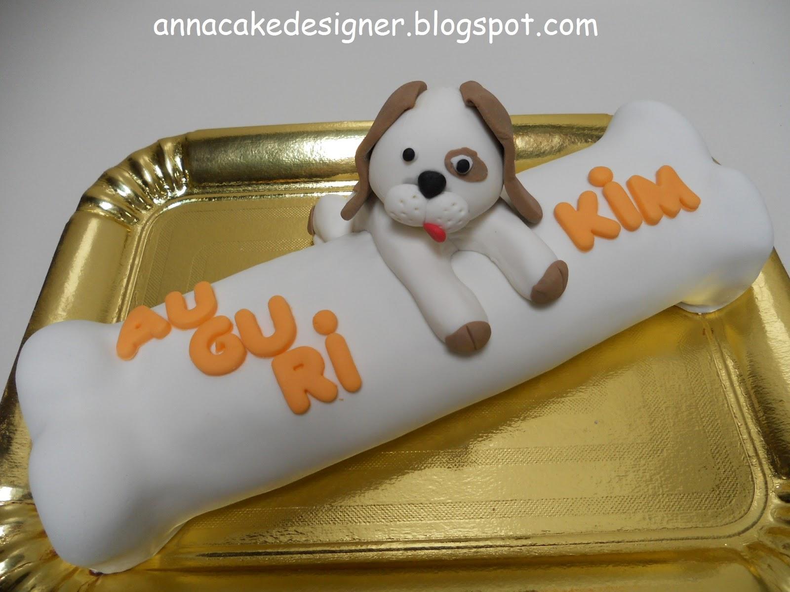 Anna cake designer osso for Case a forma di u