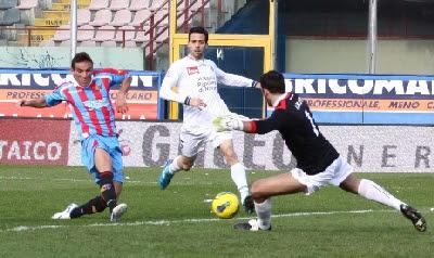 Catania Novara 3-1 highlights