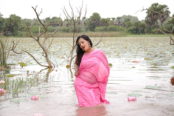 roopika spicy @ senkadu movie hot images