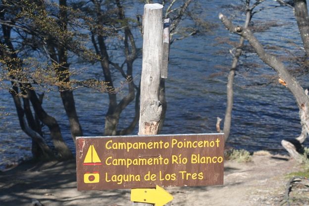 Trekking Chalten lago de los tres lago capri