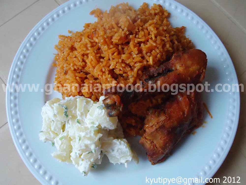 Ghanaian food jollof rice with chicken for Authentic african cuisine from ghana