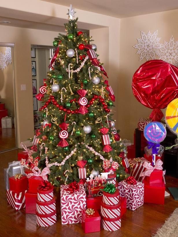 Downtown decorations inc hgtv celebrity holiday homes for Celebrity christmas home decorations