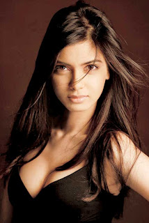 Diana Penty actress hot, Diana Penty latest hottest photoshoot in bikini