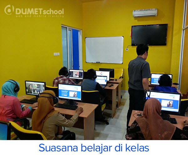 suasana saat belajar kursus seo dan internet marketing