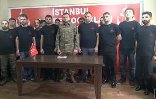 Θα γίνει χαμός! Τούρκοι Γκρίζοι Λύκοι εισβάλουν στη Συρία να πολεμήσουν τους Ρώσους