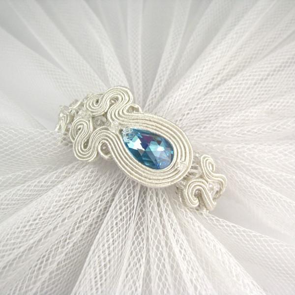 Bransoletka ślubna sutasz ivory z błękitnymi kryształami Swarovski.