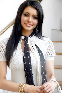 Aamna Sharif Hot Sexy Photo 9