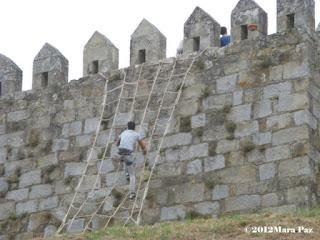 Escalando as muralhas na Viagem Medieval 2012